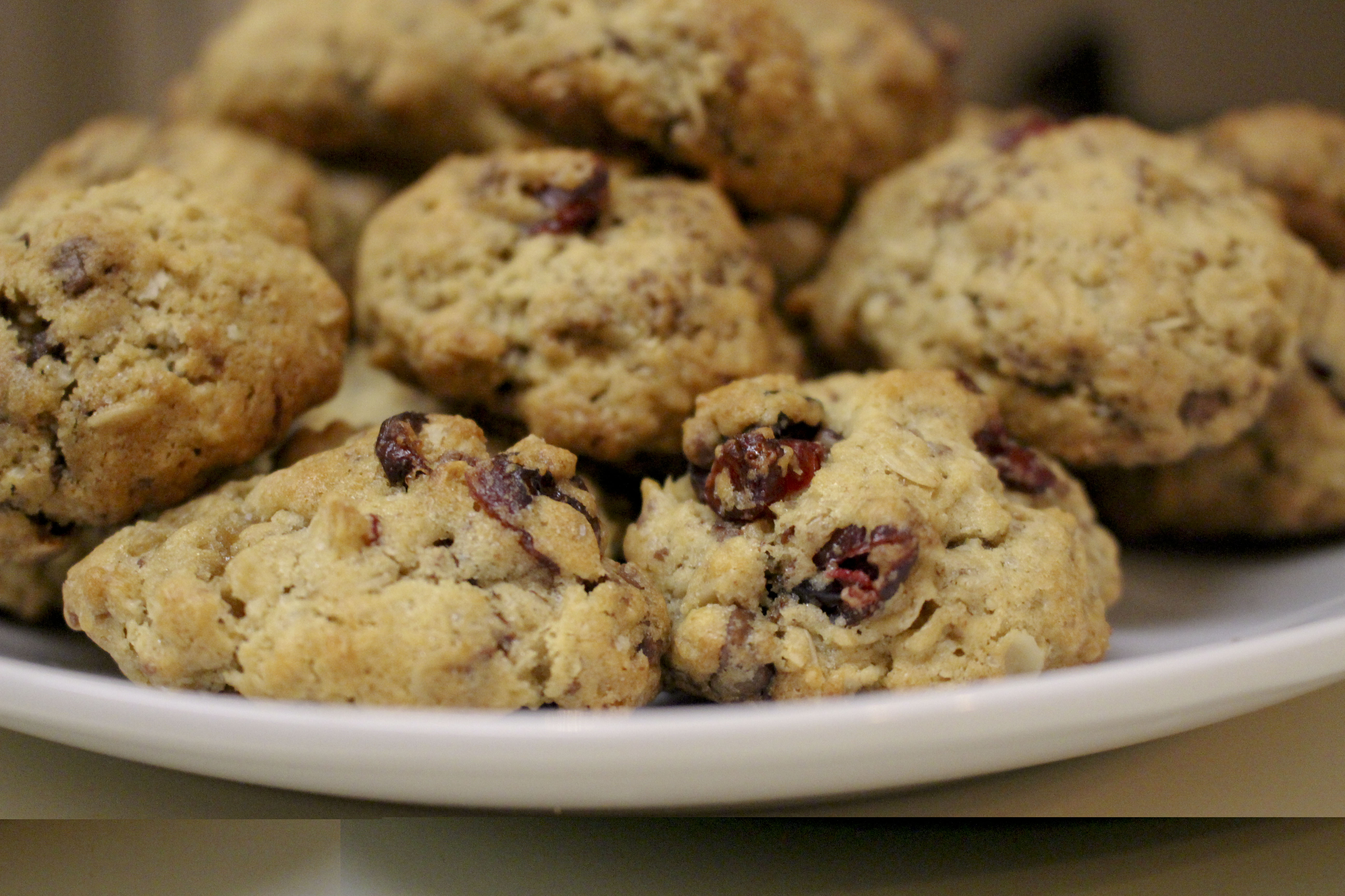 Oatmeal Cranberry Chocolate Cookies
