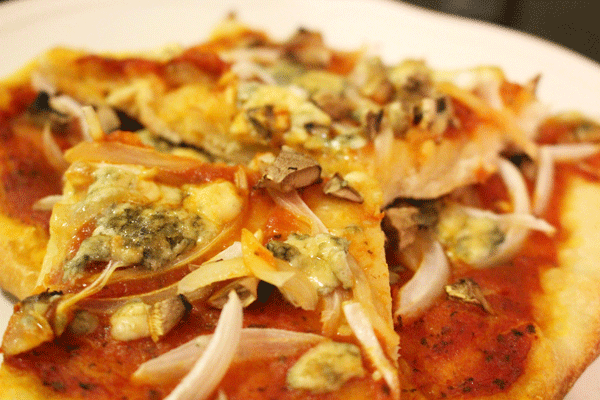 Blue Cheese & Onion Pizza
